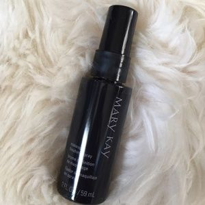 Mary Kay Makeup - Make up finishing spray